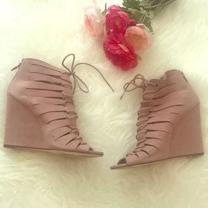 Gently Used Blush Pink Lace up Wedges